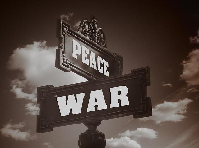 Au croisement de la paix et de la guerre